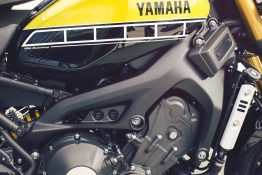 Yamaha-XSR900-Slide-6-1940x1300