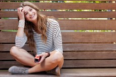 Lytro-Lifestyle-Red-Hot_Woman-on-Bench
