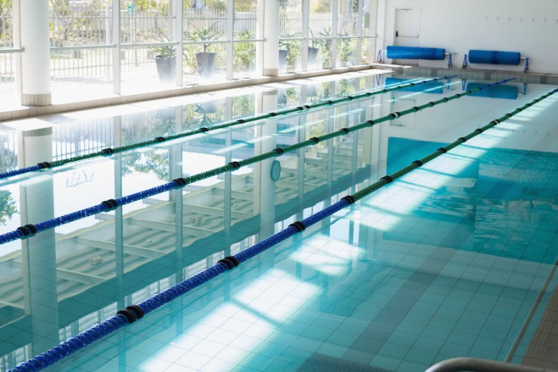 https://i0.wp.com/demo.wpzoom.com/presence-fitness/files/2016/10/photodune-8601784-large-swimming-pool-with-sunlight-streaming-in-at-the-leisure-center-m.jpg?w=800