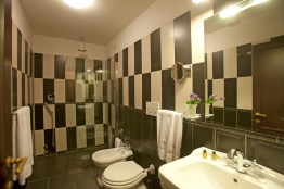 example-of-bathroom_8678746490_o