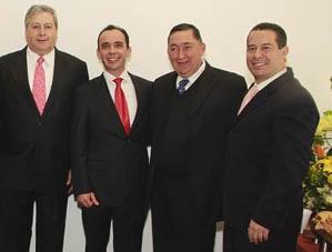 Compiten alcaldes de Ramos Arizpe y Saltillo por primer lugar en corrupción e incapacidad