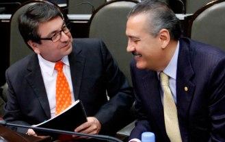 Alejandro Gutiérrez con Manlio Fabio Beltrones. Otra vez La Coneja se apunta para gobernar Coahuila.