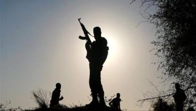 "Photo of أهداف ""هيئة تحرير الشام"" في إدلب: إقامة إمارة إسلامية أم تأسيس قاعدة تجنيد لجيشها ؟"