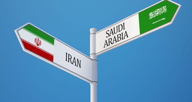 شكل نظام الحكم ومبدأ تصدير الثورة كمتغيرين في الصراع الإيراني – السعودي