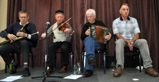 Knotted Cord with Peter Browne, Gerry Harrington, Charlie Piggott and sean nos singer Joe Creedon