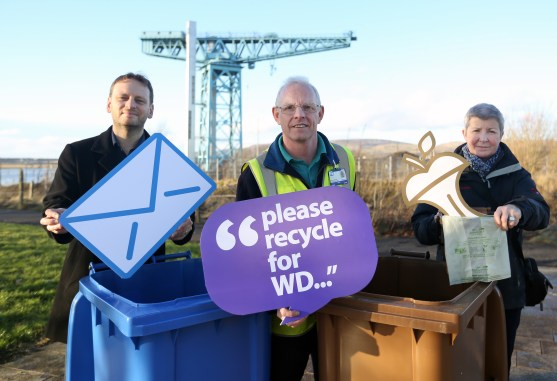 WDC Please use the Recycle bins PIC SHOWS Diane Docherty, Iain McClaren with recycling officer Rodney Marshall