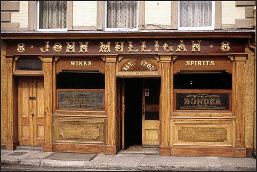Dublin-Mulligans Pub-Poolbeg Street
