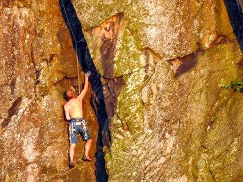 climbers 2.jpg 3