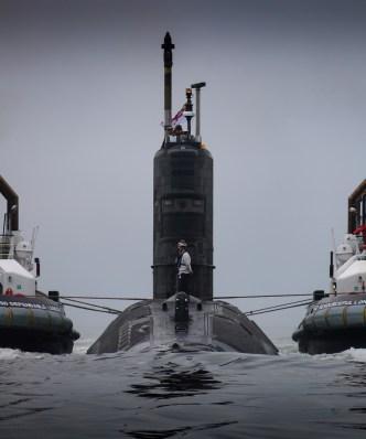 HMS Talent enters HMNB Clyde