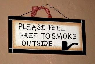 Donegal - no smoking inside the pub