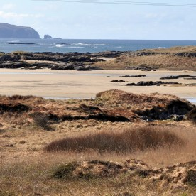 Donegal - sandy beaches and rocky shores at Kincasslagh