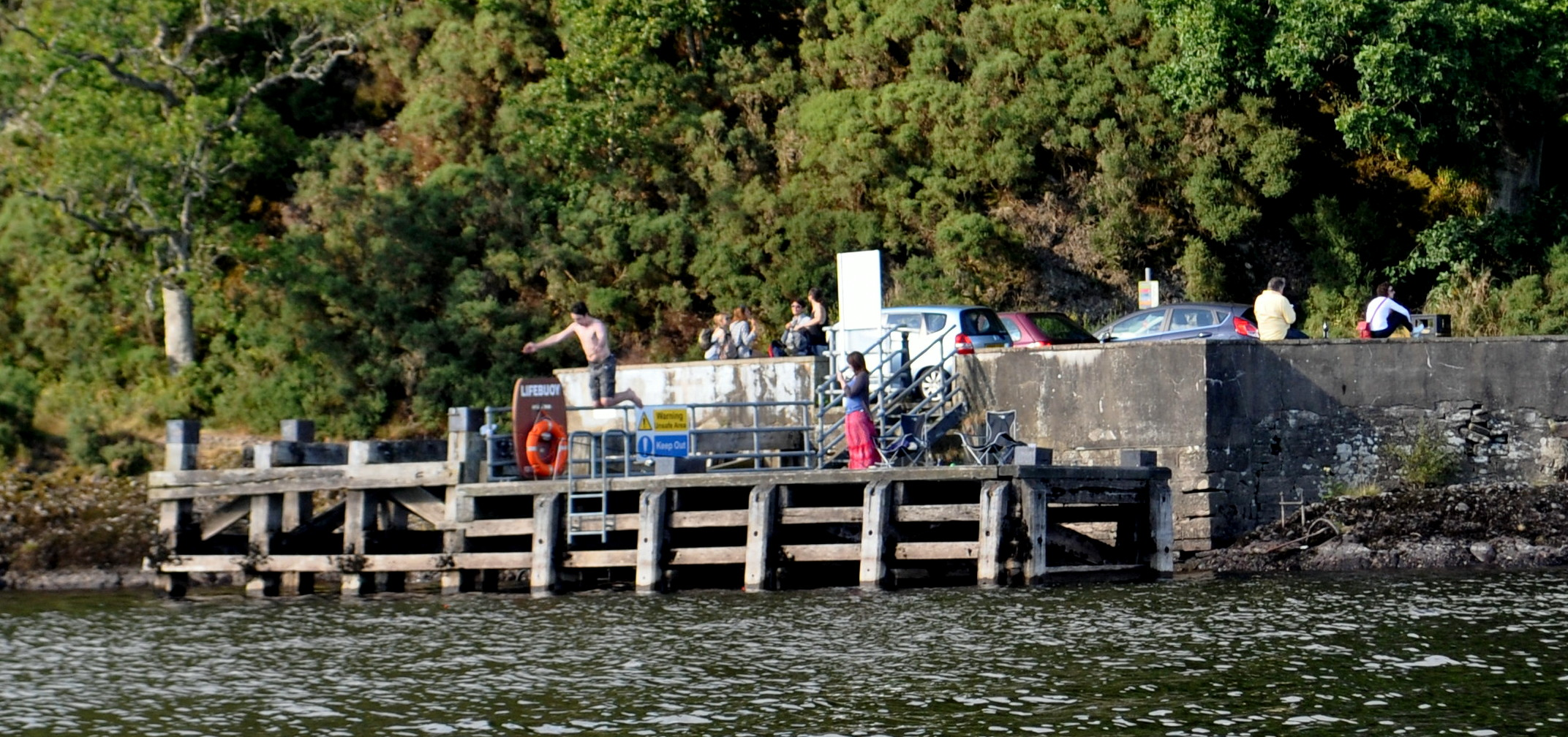 TOURISM: SITUATION FOR THE LOCH LOMONDSIDE INDUSTRY IS DESPERATE