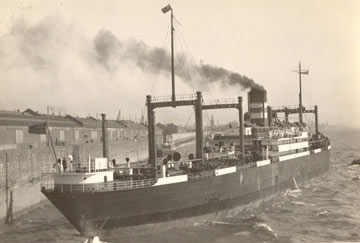 Goose - Whisky galore ship ss-politician-departing-mersey