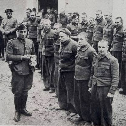 Maley Willy father international brigades front row right nearest camera