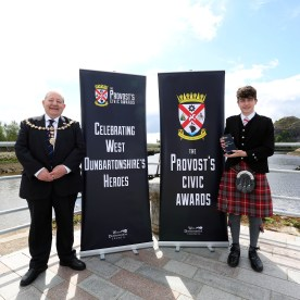 Provost Awards 2021 PIC SHOWS Provost Hendrie with Mark Morrison