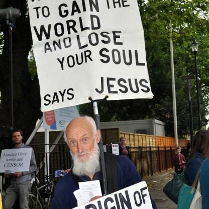 Dawkins protest 2