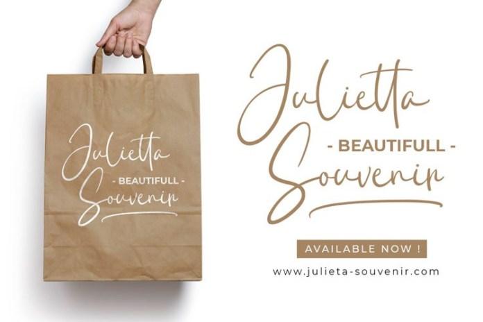 Julietta Kissing Font