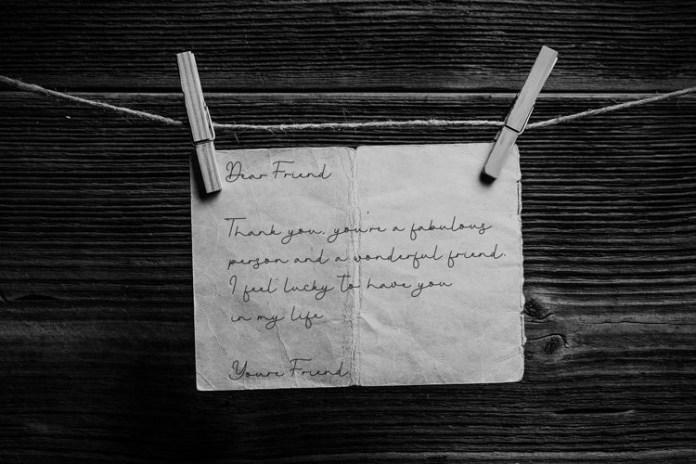 Young Evaline Handwritten Font
