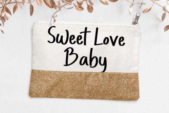 Honoria Sweet Display Font
