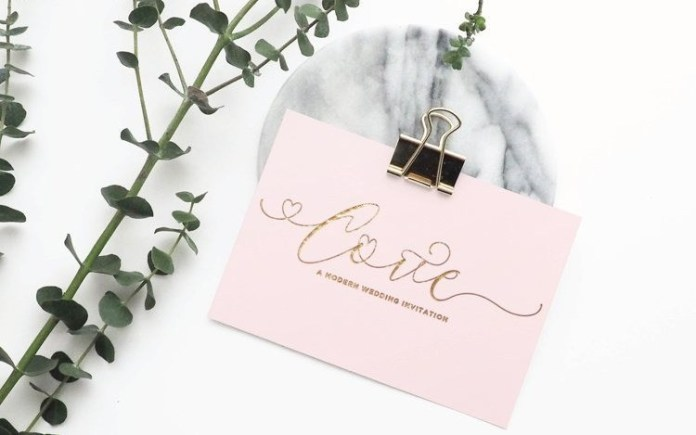 Alice Calligraphy Font