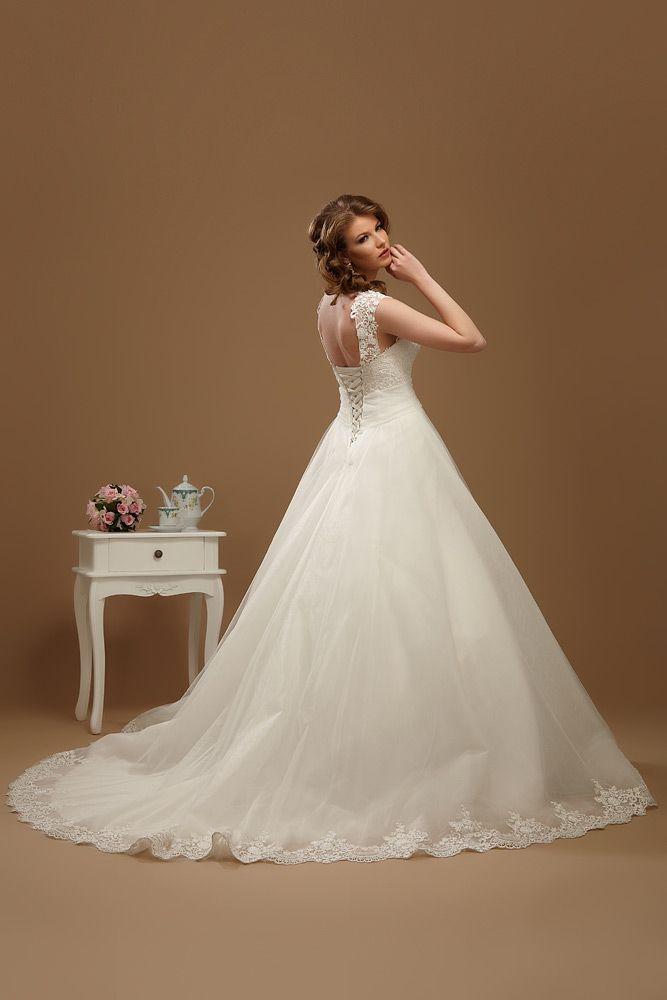 rochie de mireasa cu trena-2