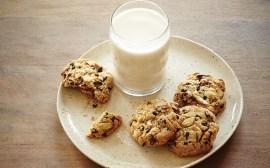 milk-and-cookies-2