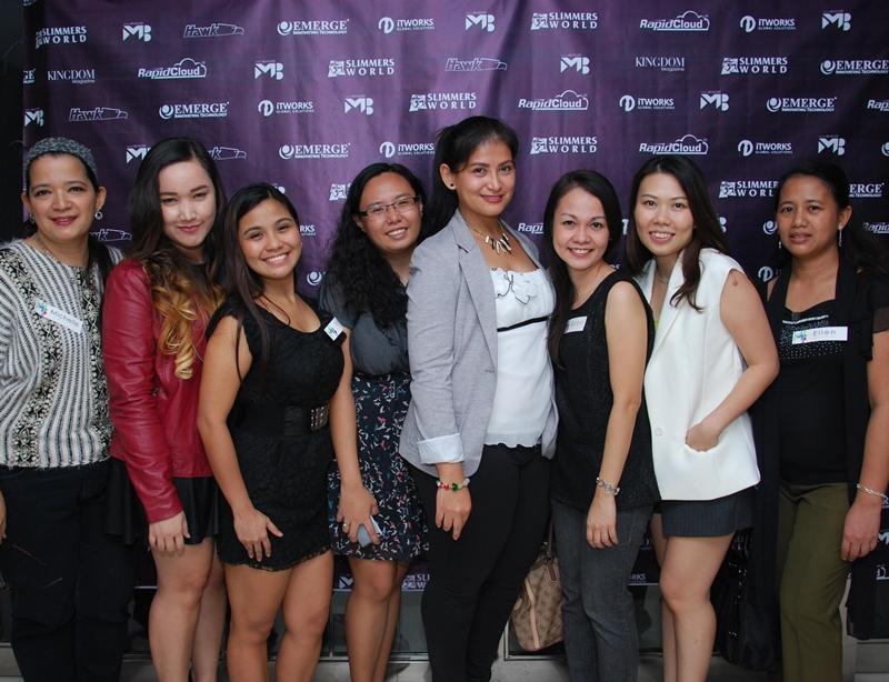 Fellow female bloggers :)