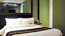 KLTowerMakati-1bedroomloft2-bed