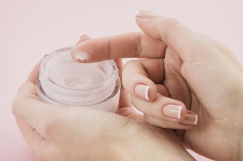 oily skin moisturizer in india