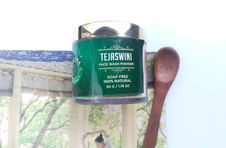 shesha tejaswini face wash powder review