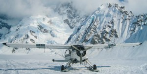 Photo of a DeHavilland Beaver on skis