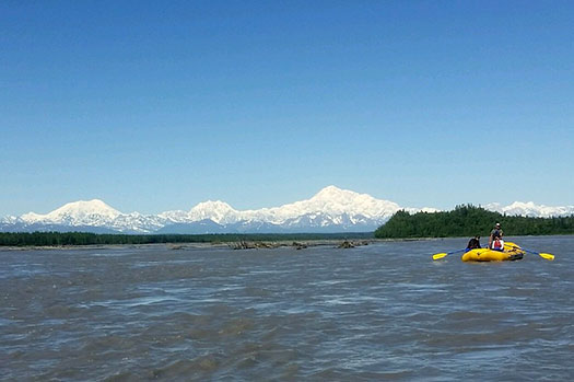 Chulitna River Half Day raft tours to Talkeetna Alaska