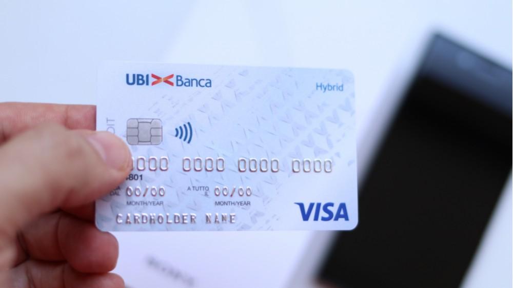 Hybrid di Ubi Carta Hybrid di Ubi Banca