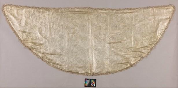 Manto 'de tisú de plata' virgen de Valme | IAPH
