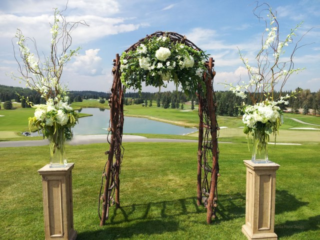 Arch Decorations For Weddings Rustic Wedding Arch Decorations Rustic Burlap Wedding Decorations