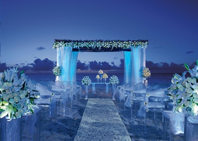 Blue And White Wedding Decor Ideas Wedding Decoration Ideas Blue Wedding Decorations Ceremony With