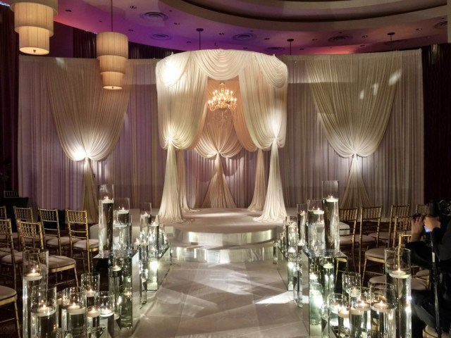 Candle Decorations For Wedding Ceremony Romantic Candle Lit Ceremony Wedding Flowers And Decorations