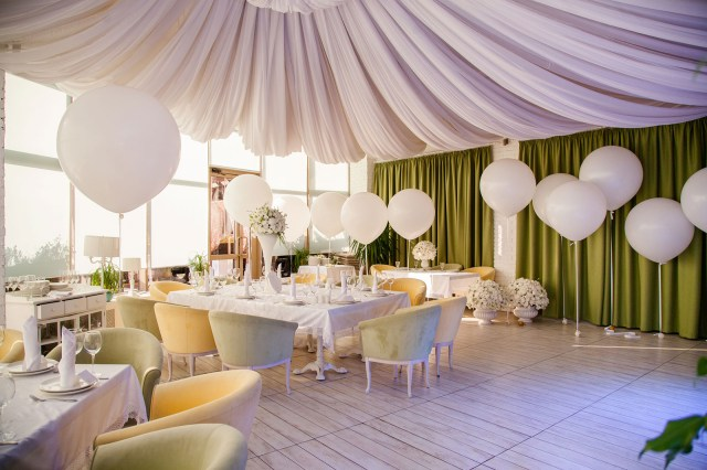 Decorations For A Wedding Balloon Decorations For A Wedding Reception Lovetoknow