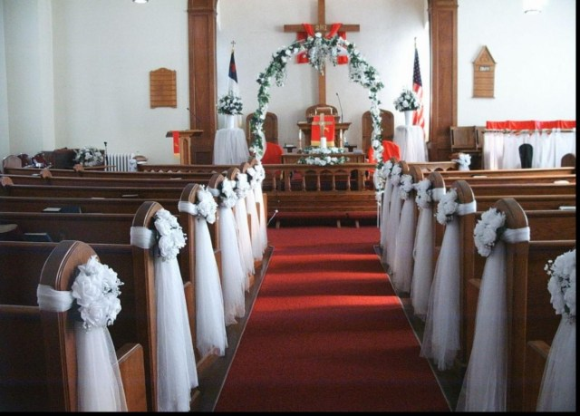 Simple Church Wedding Decorations 19 Decorating Ideas For Church Church Pew Ideas Forngs Decorations