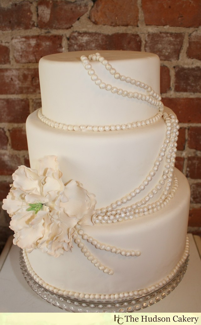 Wedding Cake Pearl Decorations Sugar Peony And Pearl Cake The Hudson Cakery