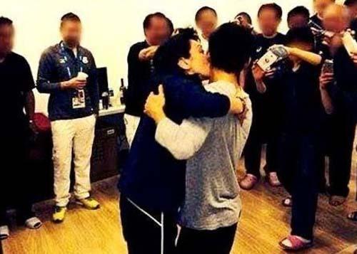 【画像】橋本聖子の高橋大輔へのキス強要写真が衝撃的!