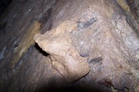 hliněný podstavec na kahan