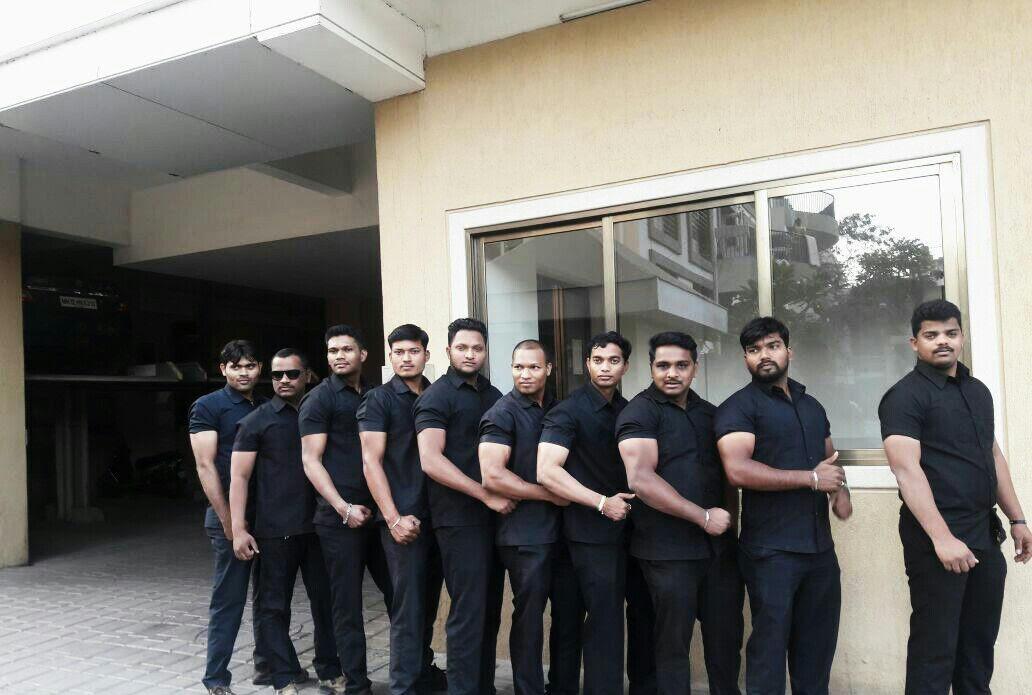 Bodyguard Bouncer for celebrity cricket star in Pune  Denetim Services