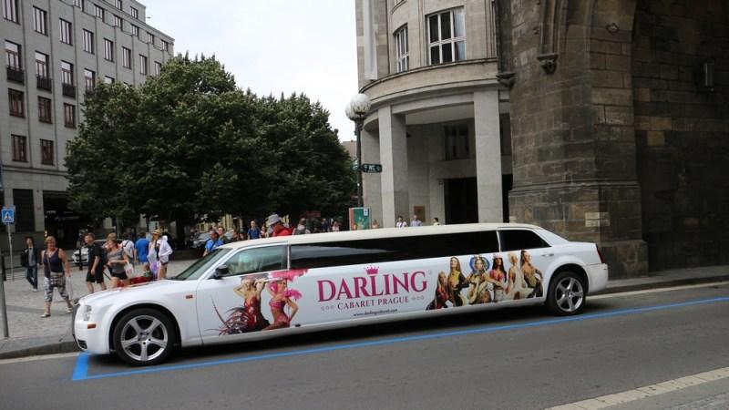 prag stripclube cabaret limousine