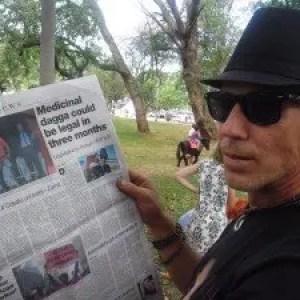 """Sørafrikanske """"Robin Hood of cannabis oil"""" blir raidet"""