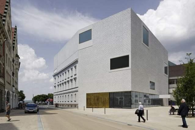 Denia Solutions Projektai Betoniniu fasadu tvirtinimo sprendimai HALFEN