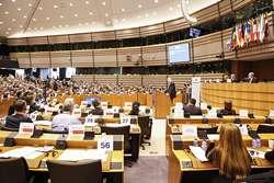 Celkový pohled do sálu při jednání výboru
