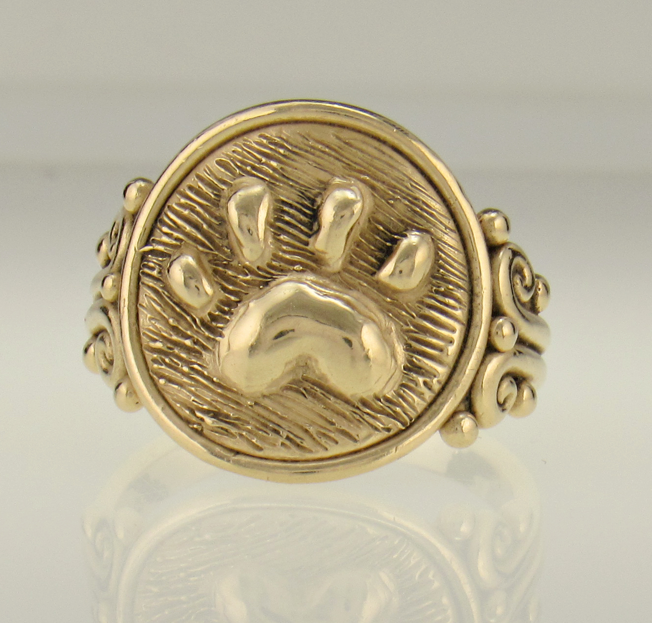 14ky Gold Paw Print Ring