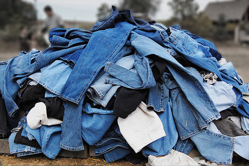 pile-of-jeans1