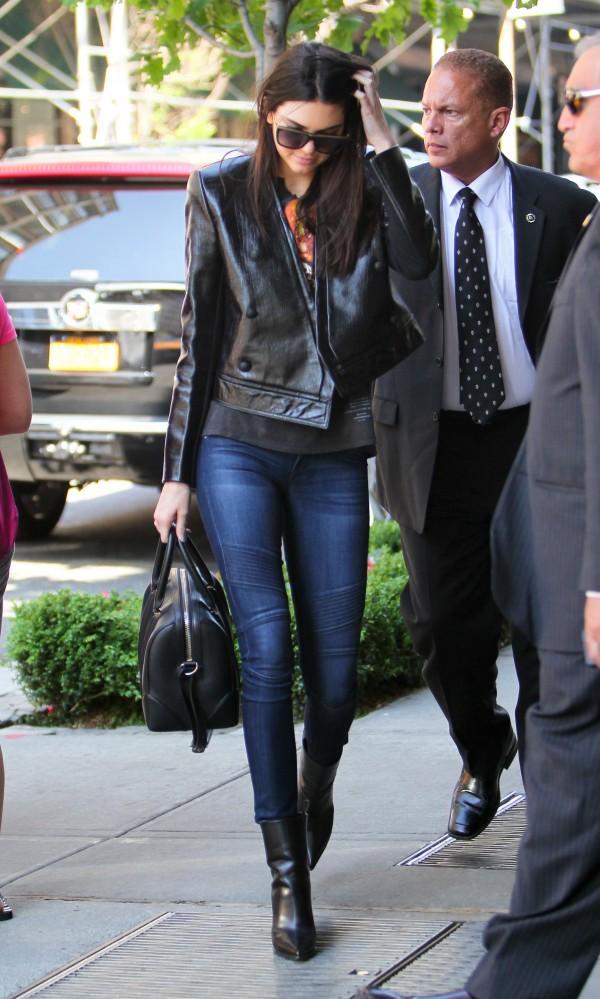 https://i0.wp.com/denimblog.com/wp-content/uploads/2014/06/Kendall-Jenner-DL1961-Hazel-Moto-Jeans-Ducati-1-e1401831277671.jpg?ssl=1